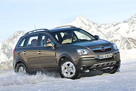 """Beim Opel-Händler bekommt der Kunde garantiert Produkte, die dem aktuellen Stand der Technik entsprechen ? dank """"4 für 3"""" zum extra günstigen Preis 2"""