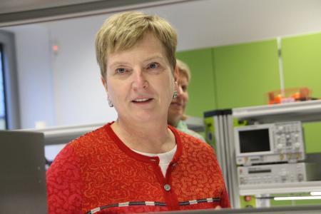 TH-Präsidentin Prof. Dr. Ulrike Tippe eröffnete das neue Gemeinschaftslabor / Fotograf / Quelle: TH Wildau / Bernd Schlütter
