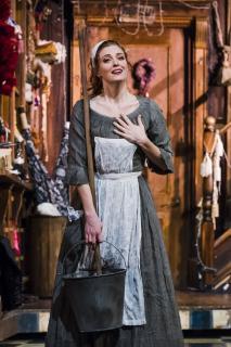 La Cenerentola Angelina (Wallis Giunta) Oper Leipzig Premiere 19.03.2016 © Kirsten Nijhof
