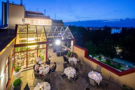 Das Hotel Dreiländerbrücke in Weil am Rhein gehört seit März 2019 zu der internationalen Marke Best Western und firmiert unter dem neuen Namen Best Western Hotel Dreiländerbrücke