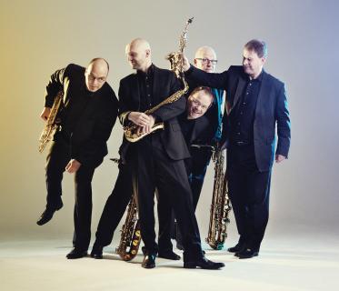 Die fünf Saxophonisten, von links: Kai Niedermeier, Sven Hoffmann, Andreas Menzel, Anatole Gomersall und Ulrich Lettermann. Foto: Quintessence Saxophone Quintet