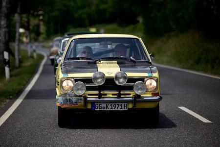 Lichtmaschine: Opel Kadett GT/E mit mächtigen Scheinwerfern für die Nachtetappen von Monte bis Schweden-Rallye © GM Company