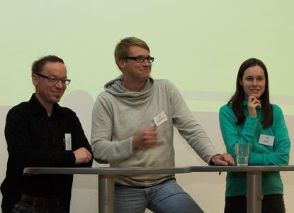 Die Absolventen Johannes Hügle, Michael Vosskötter und Eltje Weiß (von links) berichteten an der Fakultät Agrarwissenschaften und Landschaftsarchitektur über ihren Schritt in das  Berufsleben