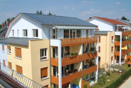In Mehrfamilienhäusern kann gemeinsam Energie gespart und die Umwelt entlastet werden.