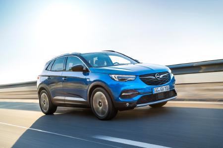 In Tests bewährt: Euro NCAP hat auch die optionale automatische Gefahrenbremsung im neuen Opel Grandland X geprüft – und für gut befunden