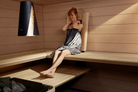 Infrared warms the body, especially the back and neck region, which relaxes the muscles and stimulates blood circulation