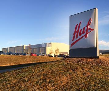 Die zur Huf-Gruppe gehörende Huf North America Automotive Parts Manufacturing, Corp. hat eine neue Lackieranlage in Greeneville, Tennessee in Betrieb genommen.