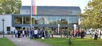Während der Hochschulkontaktmesse ist immer Leben auf dem Campus /  Foto/Uwe Feuerbach
