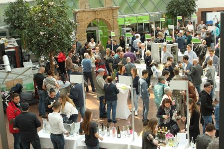 """Wein am Dom"" vom 14.4.2019 (Foto: Pfalzwein e.V./Susanne Breiling)"