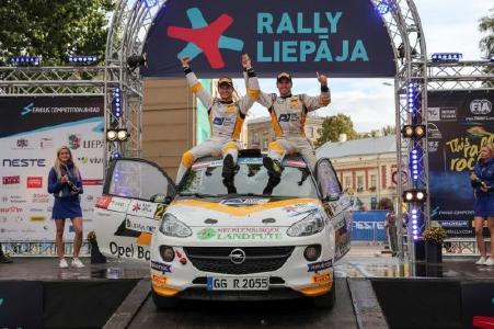 Dream Team: Copilot Pirmin Winklhofer und Marijan Griebel (rechts)