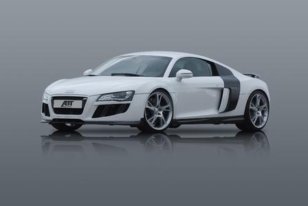 R8 weiss Front