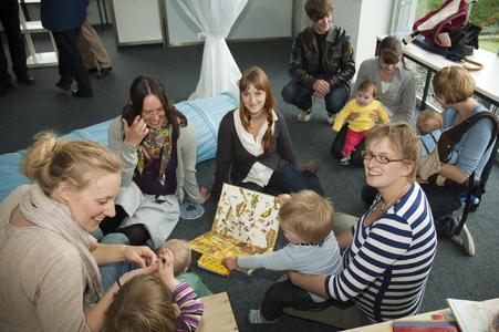 Die studierenden Eltern nahmen das Familienzimmer dankbar an