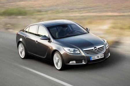 Markantes Design und anspruchsvolle Technik:Der neue Opel Insignia. Seine Weltpremiere feiert das Fahrzeug am 22. Juli bei der London Motorshow